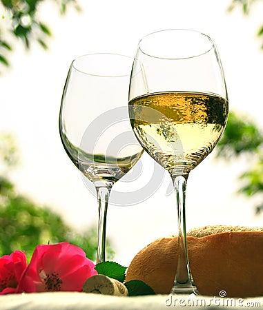 Free Wine Glasses Royalty Free Stock Image - 2272936