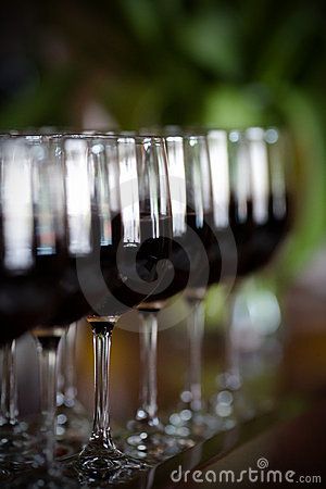Free Wine Glasses Stock Photo - 5325100
