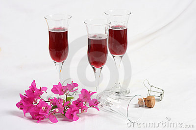 Wine Glasses with Flowers