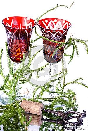 Wineglasses with lycopodium