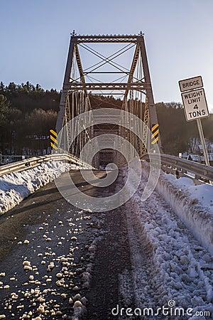 Free Winter Evening Scene At Historic Skinners Fall Truss Bridge Stock Photo - 89443680