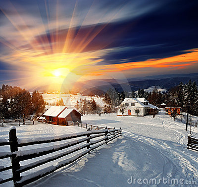 Free Winter Landscape In The Village. Royalty Free Stock Images - 21928239