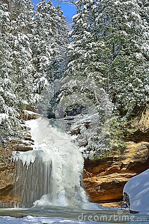 Free Winter Lower Falls At Old Man S Cave. Stock Photography - 51229042