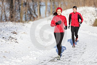 Winter running exercise couple