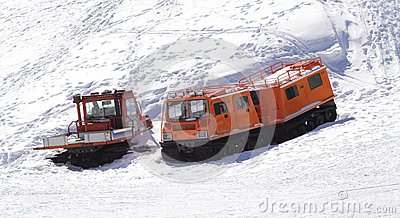Winter special transportation vehicles