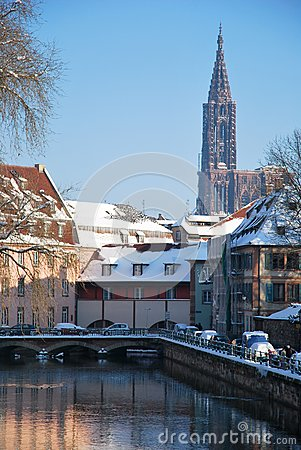 The winter on Strasbourg quay