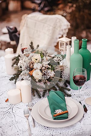Free Winter Wedding Table Stock Image - 103065551