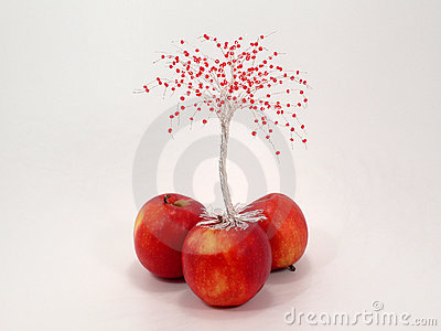 Wire apple tree