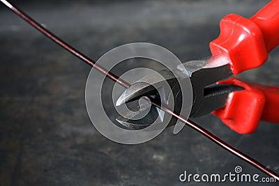 Wire-Cutter