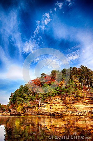 Free Wisconsin Dells River Scene Royalty Free Stock Photography - 61227467