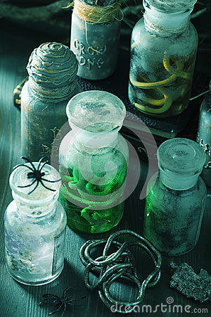 Free Witch Apothecary Jars Magic Potions Halloween Decoration Royalty Free Stock Photography - 97973117