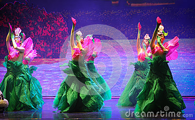 Wolfberry flower-Hui ballet moon over Helan Editorial Stock Image