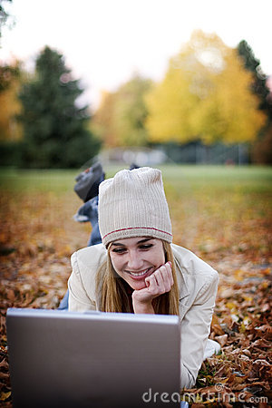 Free Woman And Laptop Royalty Free Stock Image - 295396