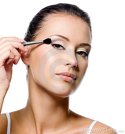 Free Woman Applying Eyeshadow With Brush Royalty Free Stock Image - 16540016