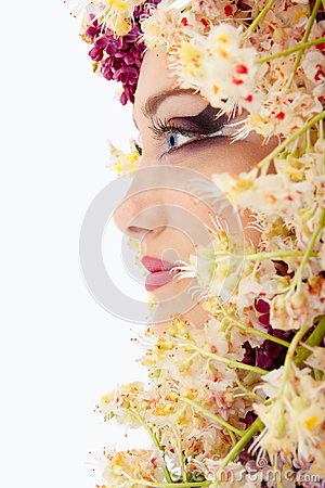 Free Woman Beautiful Face With Chestnut Flower Frame Royalty Free Stock Photo - 33639485