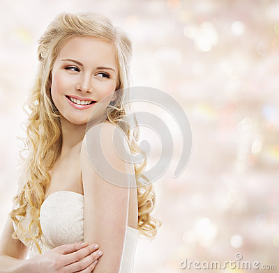 Free Woman Blond Long Hair, Fashion Model Portrait, Smiling Girl Stock Photo - 55198490