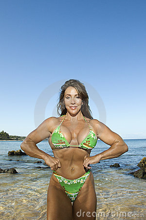 Free Woman Bodybuilder At Beach. Royalty Free Stock Images - 2424659