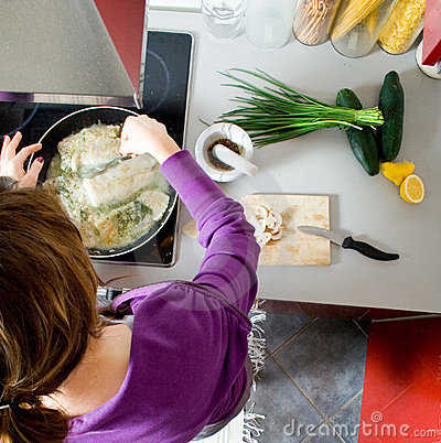 Free Woman Cooking Stock Image - 8585621