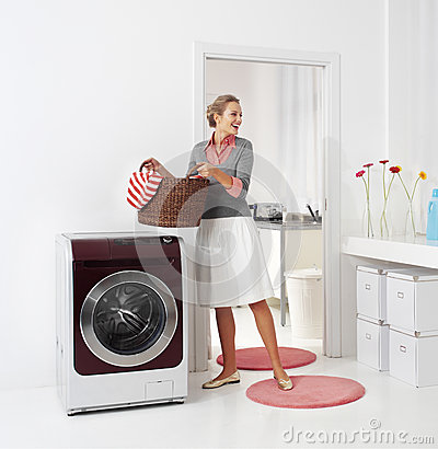 Free Woman Doing A Housework Royalty Free Stock Photo - 42419715