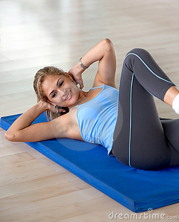 Woman doing abdominals