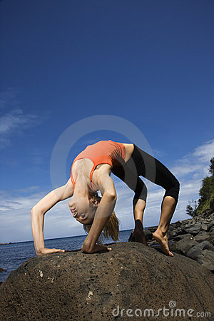 Free Woman Doing Yoga Royalty Free Stock Photography - 2051497