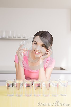 Free Woman Drink Water Royalty Free Stock Photography - 99860097