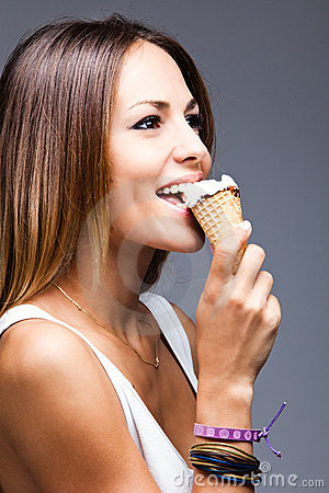 woman eat icecream