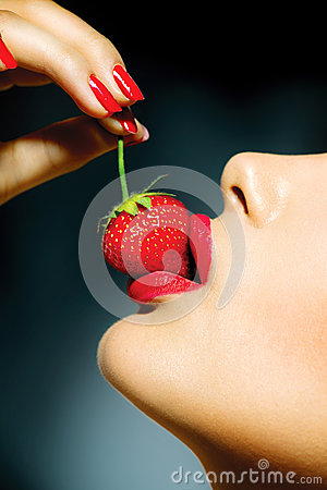 Free Woman Eating Strawberry Stock Image - 31454011