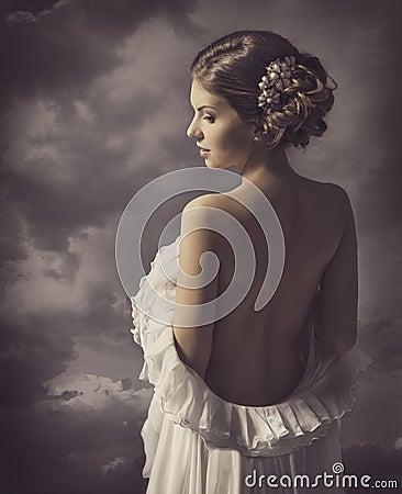 Free Woman Fashion Dress, Retro Hair Style, Naked Back, Historical Romance Portrait Stock Photos - 43438123