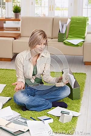 Woman in  financial trouble