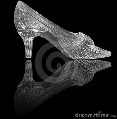 Free Woman Glass Shoe On Black Stock Photography - 6508972