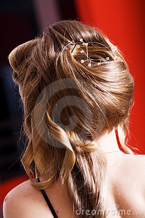 Woman-hairstyle