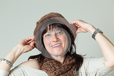 Woman hat standing