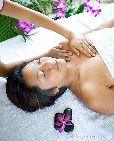 Free Woman Having Chest Massage Royalty Free Stock Images - 7007119