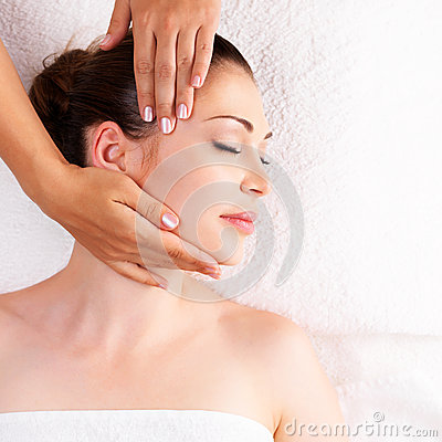 woman having massage of body in spa salon royalty free stock photos image 31576738. Black Bedroom Furniture Sets. Home Design Ideas