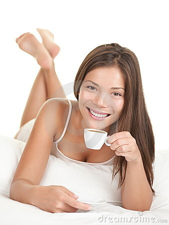 Free Woman In Bed Drinking Coffee Royalty Free Stock Image - 15164906