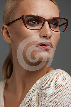 Free Woman In Fashion Glasses. Beautiful Female In Stylish Eyeglasses Stock Image - 83992501