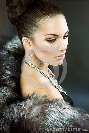 Free Woman In Luxury Fur Coat Royalty Free Stock Photo - 26538055