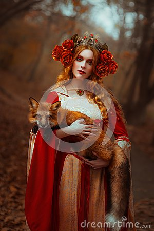 Free Woman In Medieval Clothes With A Fox Stock Photography - 109840522