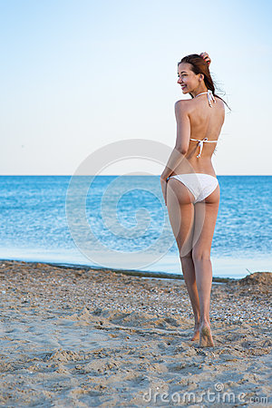 Free Woman In The Sea Beach Royalty Free Stock Photos - 77039808