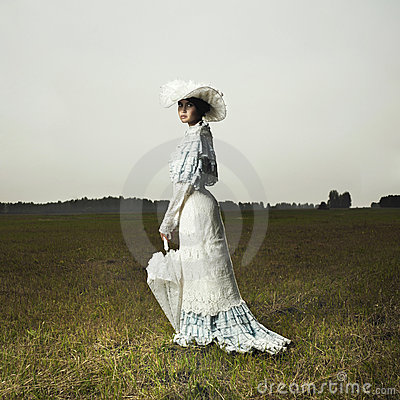 Free Woman In Vintage Dress Royalty Free Stock Photos - 15389368