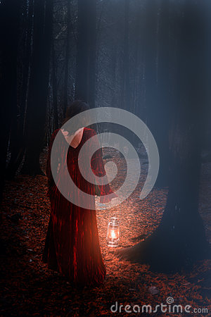 Free Woman In Woods Stock Photography - 34607152