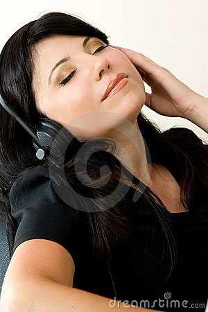 Free Woman Listening Music Royalty Free Stock Image - 2011586
