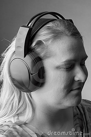 Free Woman Listing To Music Royalty Free Stock Photography - 263547