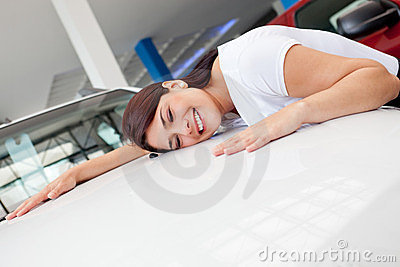 Woman looking to buy a car