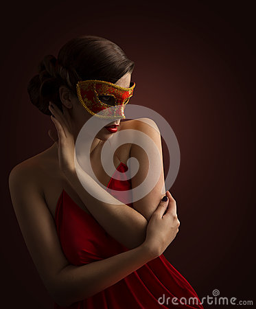 Free Woman Mask, Fashion Model Posing In Red Carnival Masquerade Stock Photos - 89331583