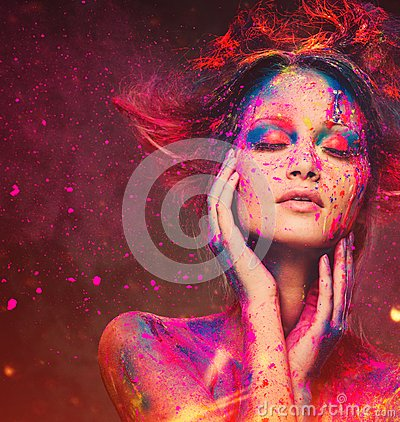 Free Woman Muse With Creative Body Art Royalty Free Stock Image - 40984406