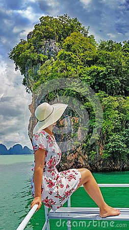 Free Woman On Boat Trip Royalty Free Stock Photos - 105630838