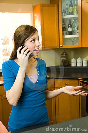 Free Woman On The Phone Stock Photography - 5621472