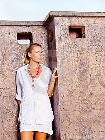 Woman outdoor, white dressed